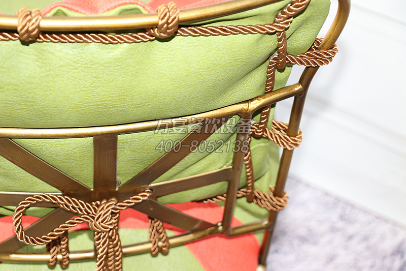 Steel Pipe bashing Hardware Chair Soft upholstery Iron Antique Bronze Antique Chair Special Dining Chair